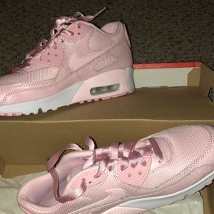 Shoes - Pink air max